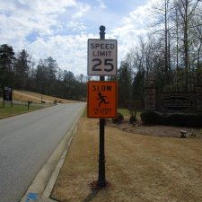 Street / Yard Signs
